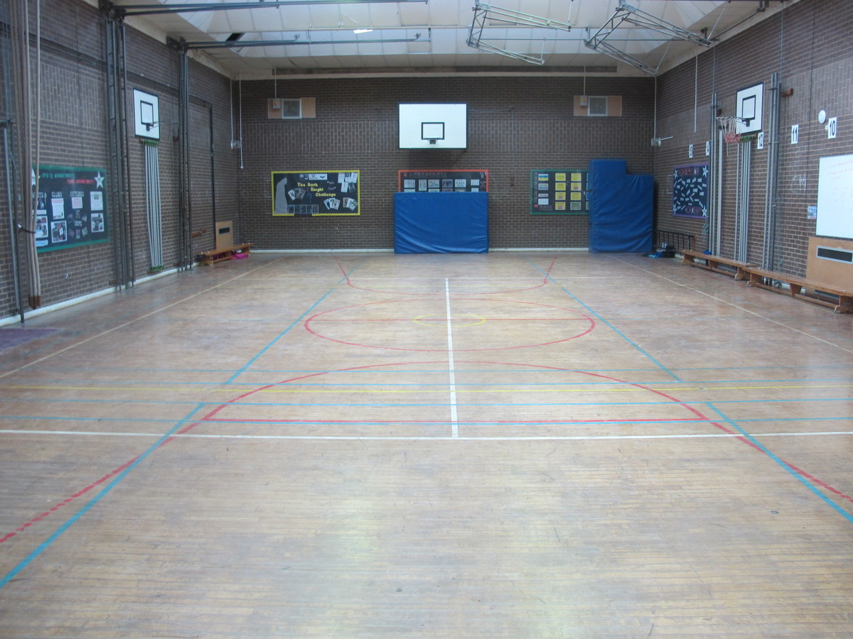 Sports Hall - Humberston Academy - North East Lincolnshire - 1 - SchoolHire