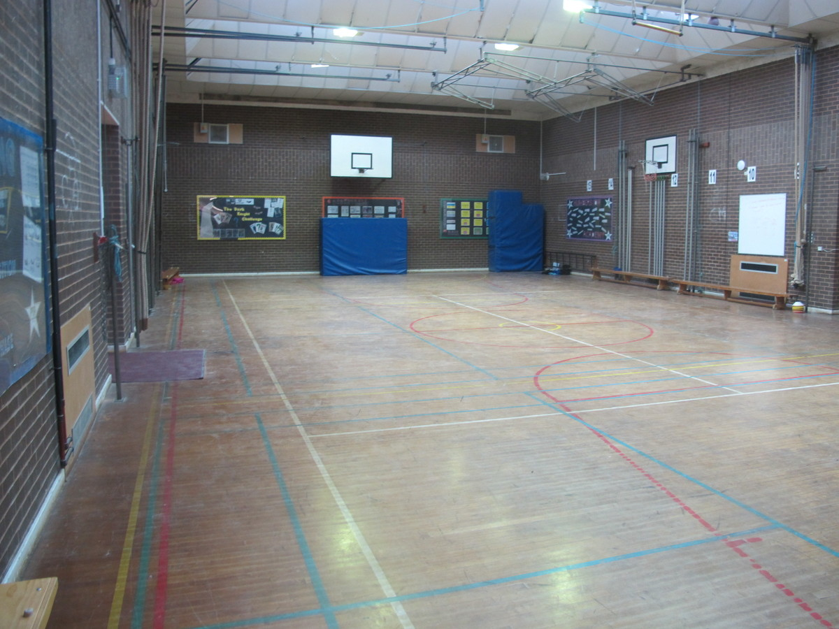 Sports Hall - Humberston Academy - North East Lincolnshire - 3 - SchoolHire