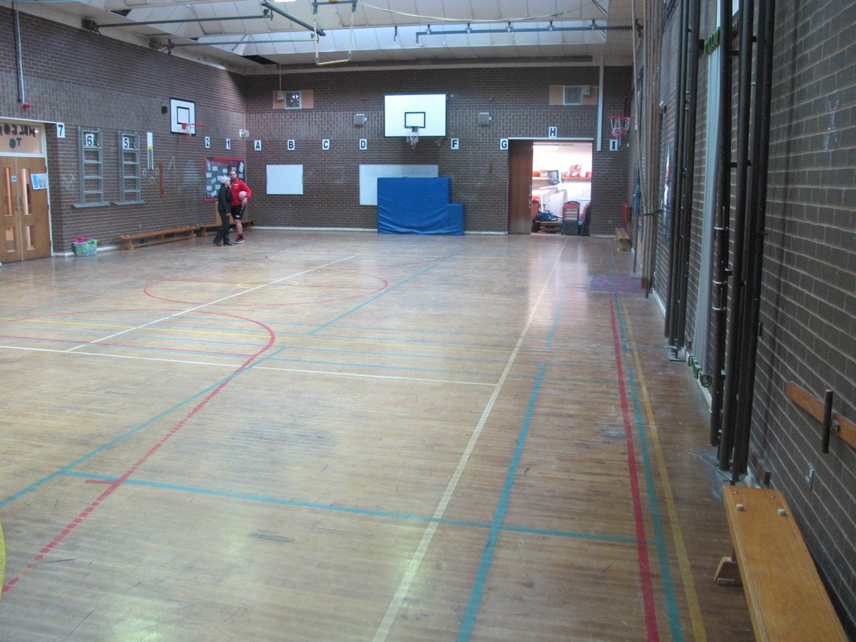 Sports Hall - Humberston Academy - North East Lincolnshire - 4 - SchoolHire