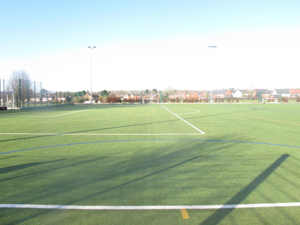 Astro Turf - Kineton High School - Warwickshire - 2 - SchoolHire