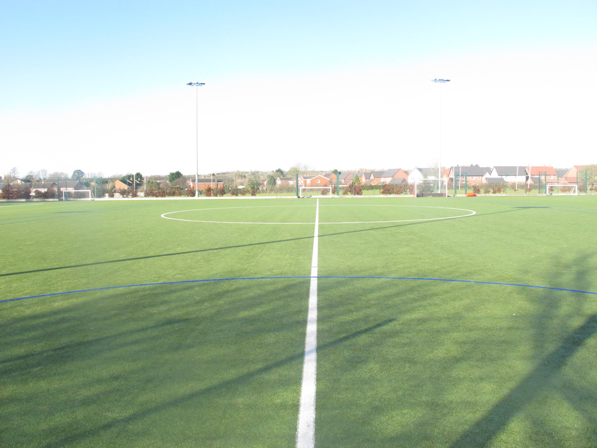 Astro Turf - Kineton High School - Warwickshire - 3 - SchoolHire