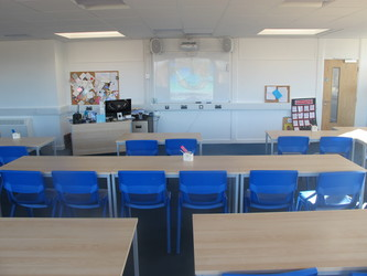 Classrooms - Standard - Kineton High School - Warwickshire - 1 - SchoolHire
