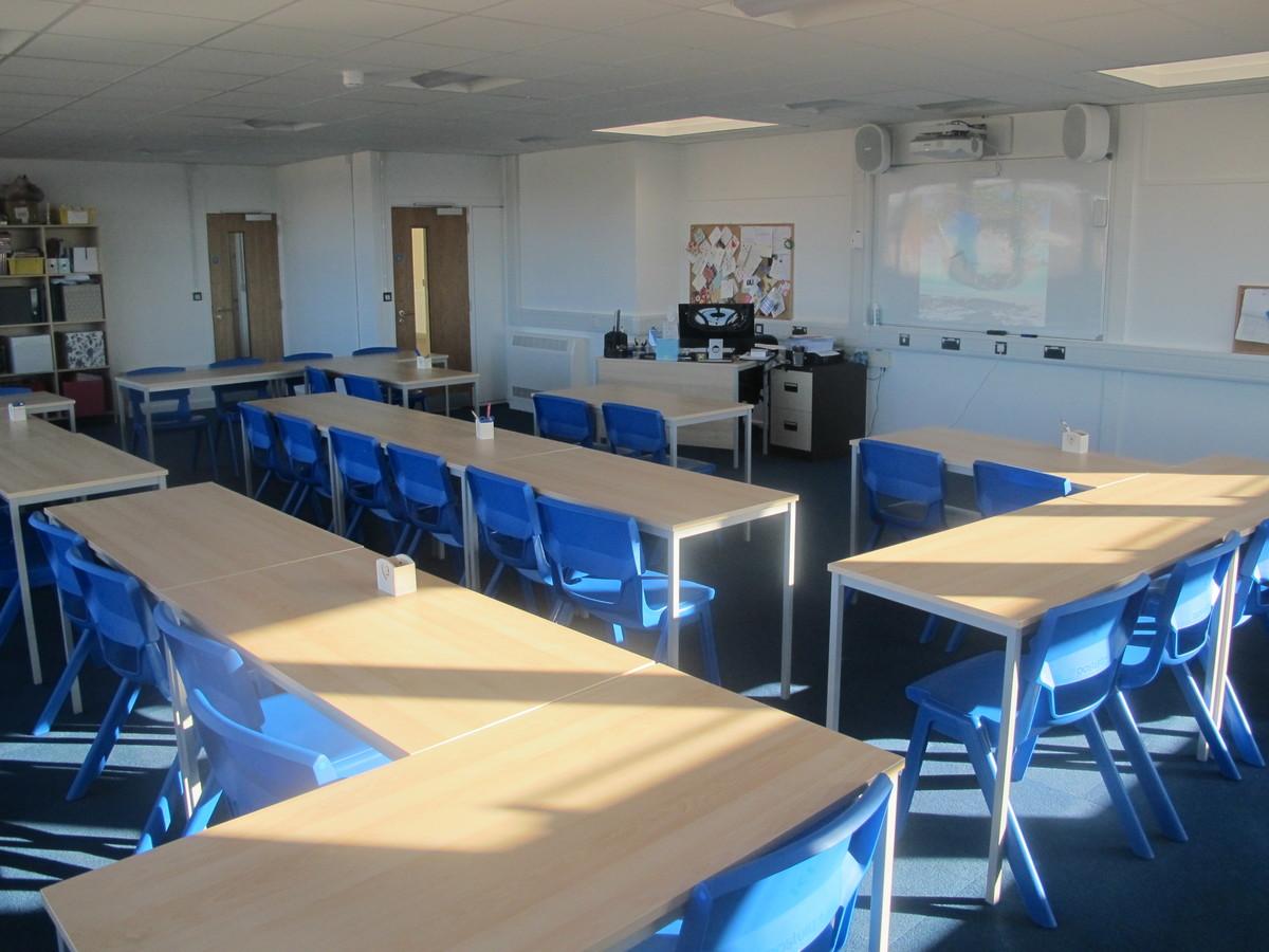 Classrooms - Standard - Kineton High School - Warwickshire - 2 - SchoolHire