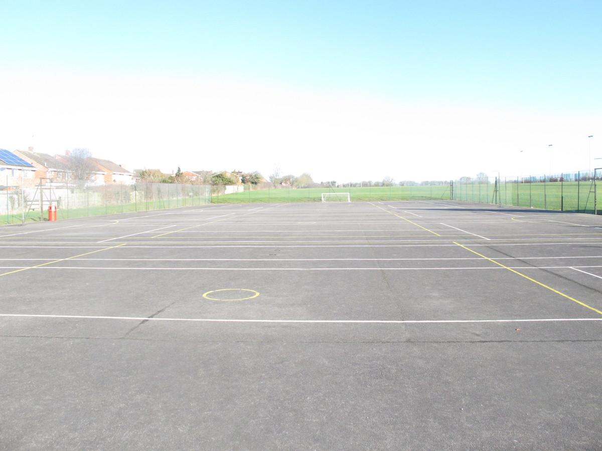 MUGA - Tennis / Netball Courts - Kineton High School - Warwickshire - 2 - SchoolHire