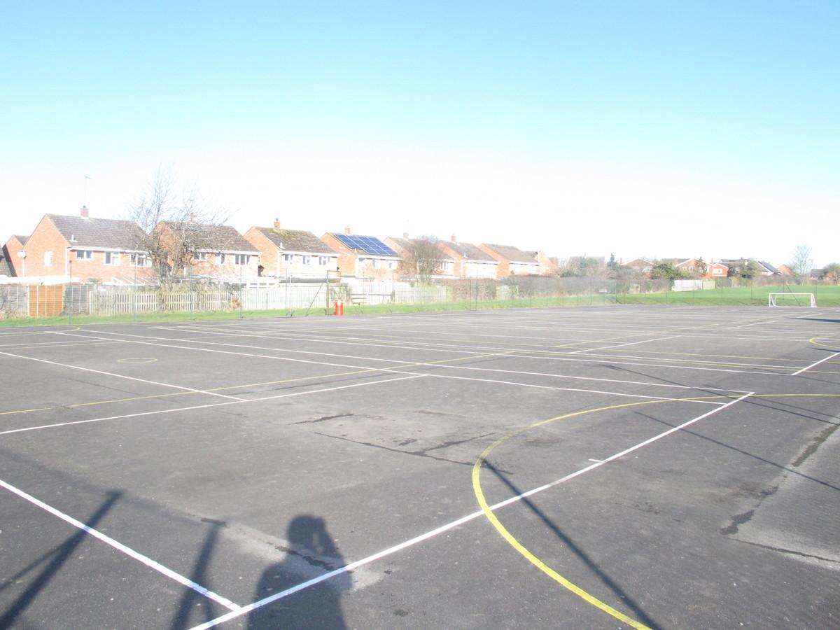 MUGA - Tennis / Netball Courts - Kineton High School - Warwickshire - 4 - SchoolHire