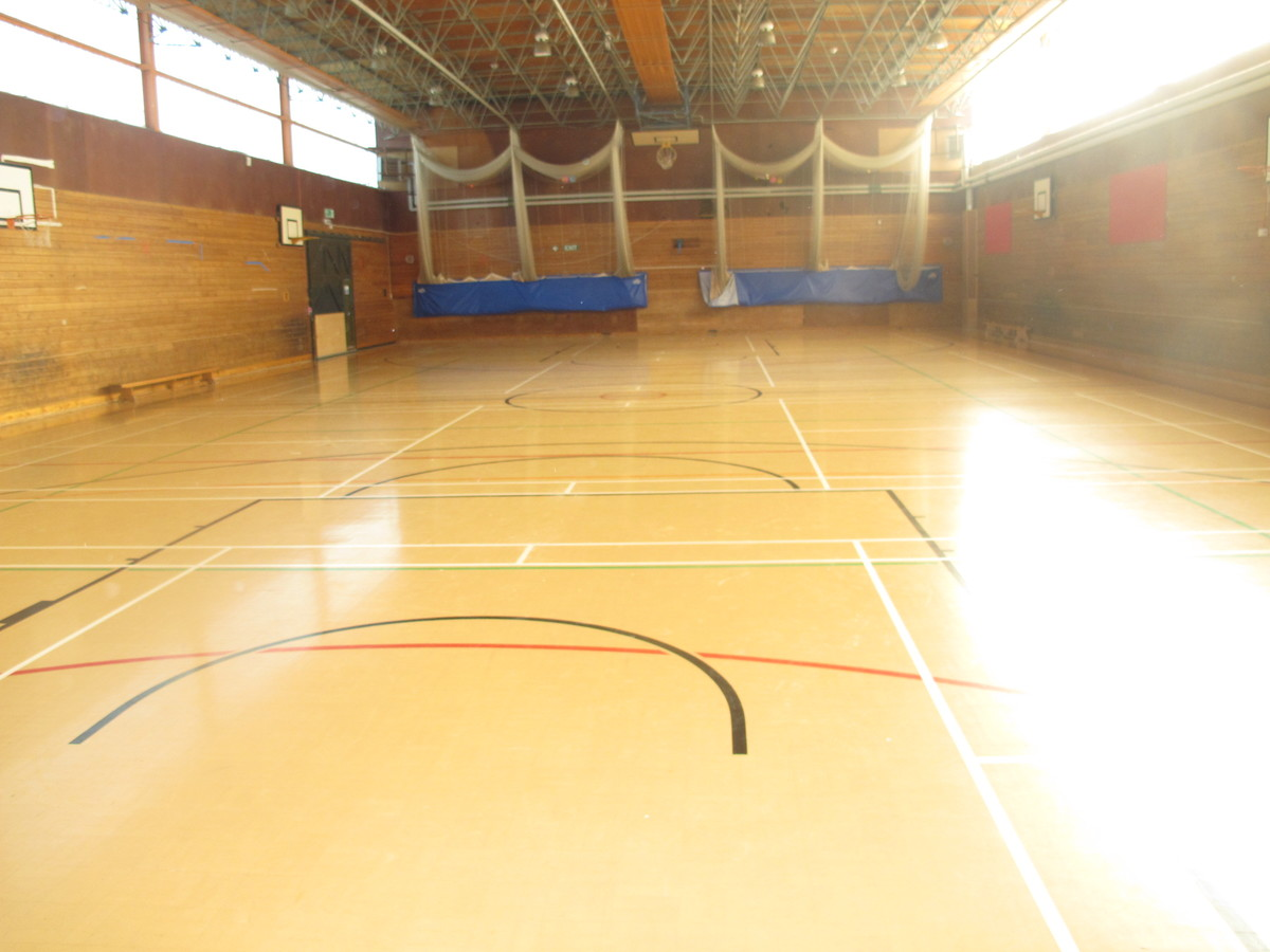 Sports Hall - Kineton High School - Warwickshire - 1 - SchoolHire