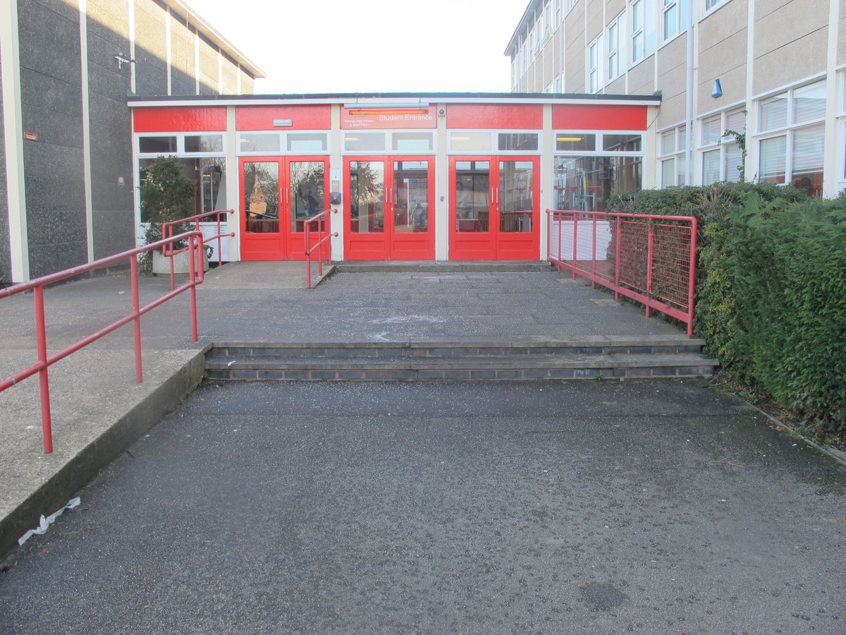 Kineton High School - Warwickshire - 1 - SchoolHire
