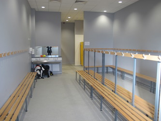 Sports Hall - Ditton Park Academy - Slough - 4 - SchoolHire