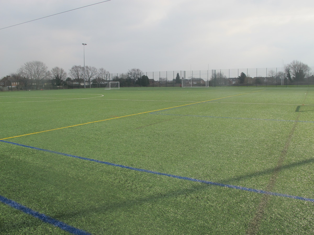 3G Football Pitch - Dyson Perrins C of E Academy - Worcestershire - 1 - SchoolHire