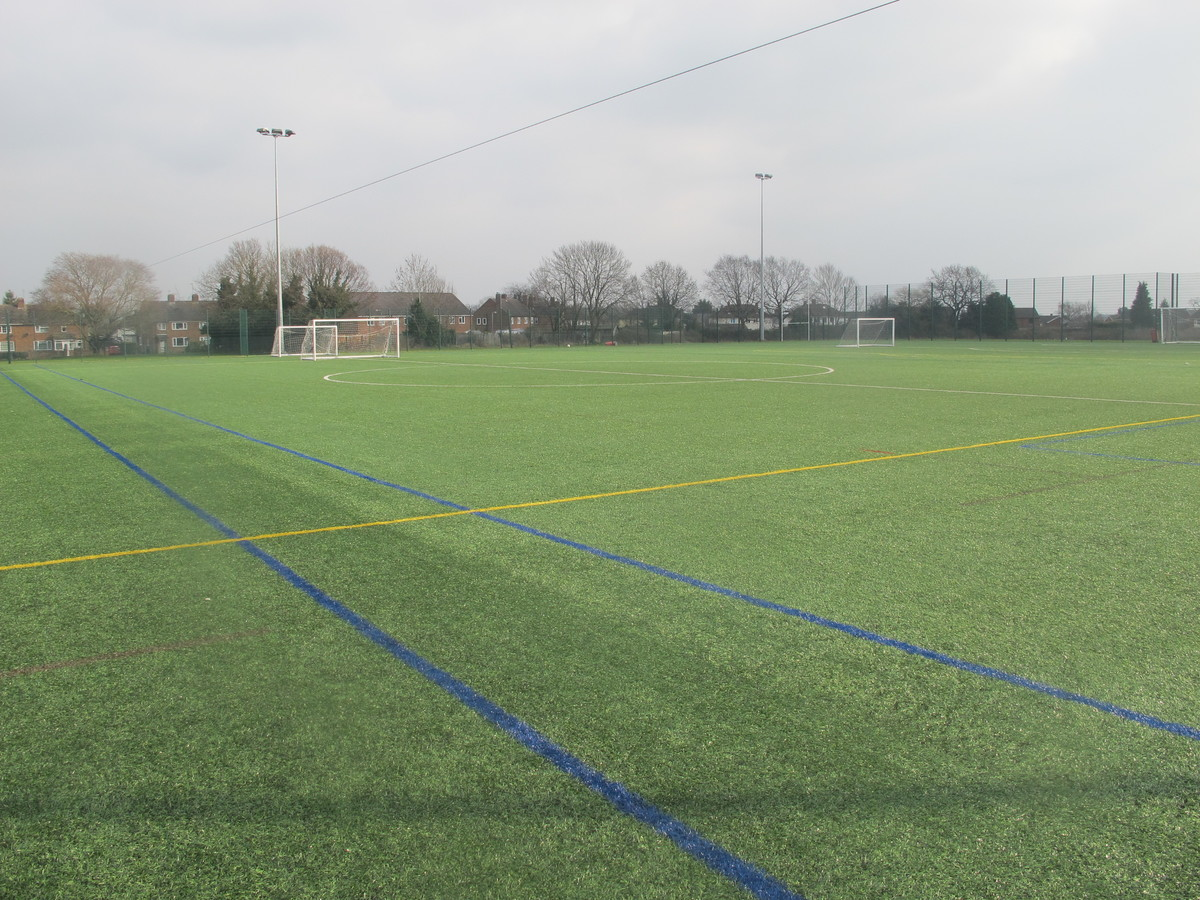 3G Football Pitch - Dyson Perrins C of E Academy - Worcestershire - 2 - SchoolHire
