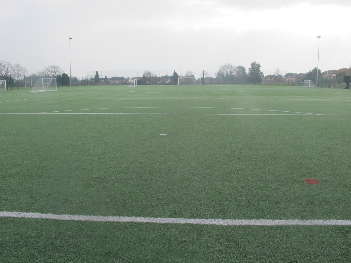 3G Football Pitch - Dyson Perrins C of E Academy - Worcestershire - 3 - SchoolHire