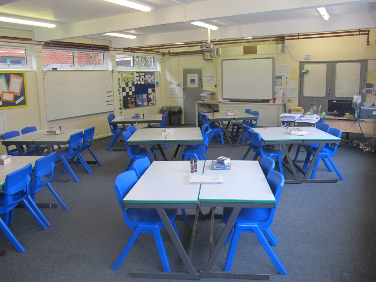 Classrooms - Standard - Dyson Perrins C of E Academy - Worcestershire - 1 - SchoolHire