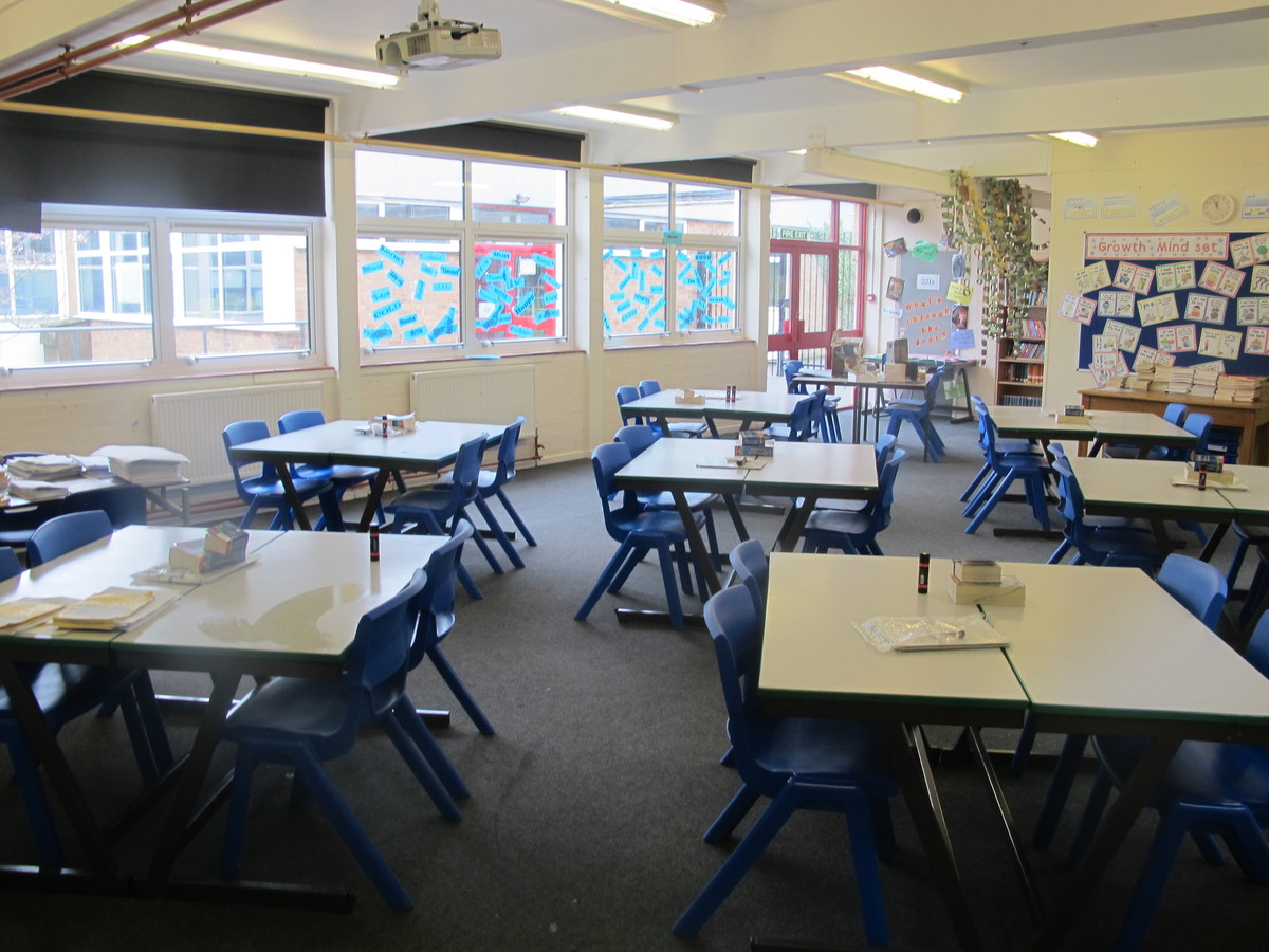 Classrooms - Standard - Dyson Perrins C of E Academy - Worcestershire - 2 - SchoolHire