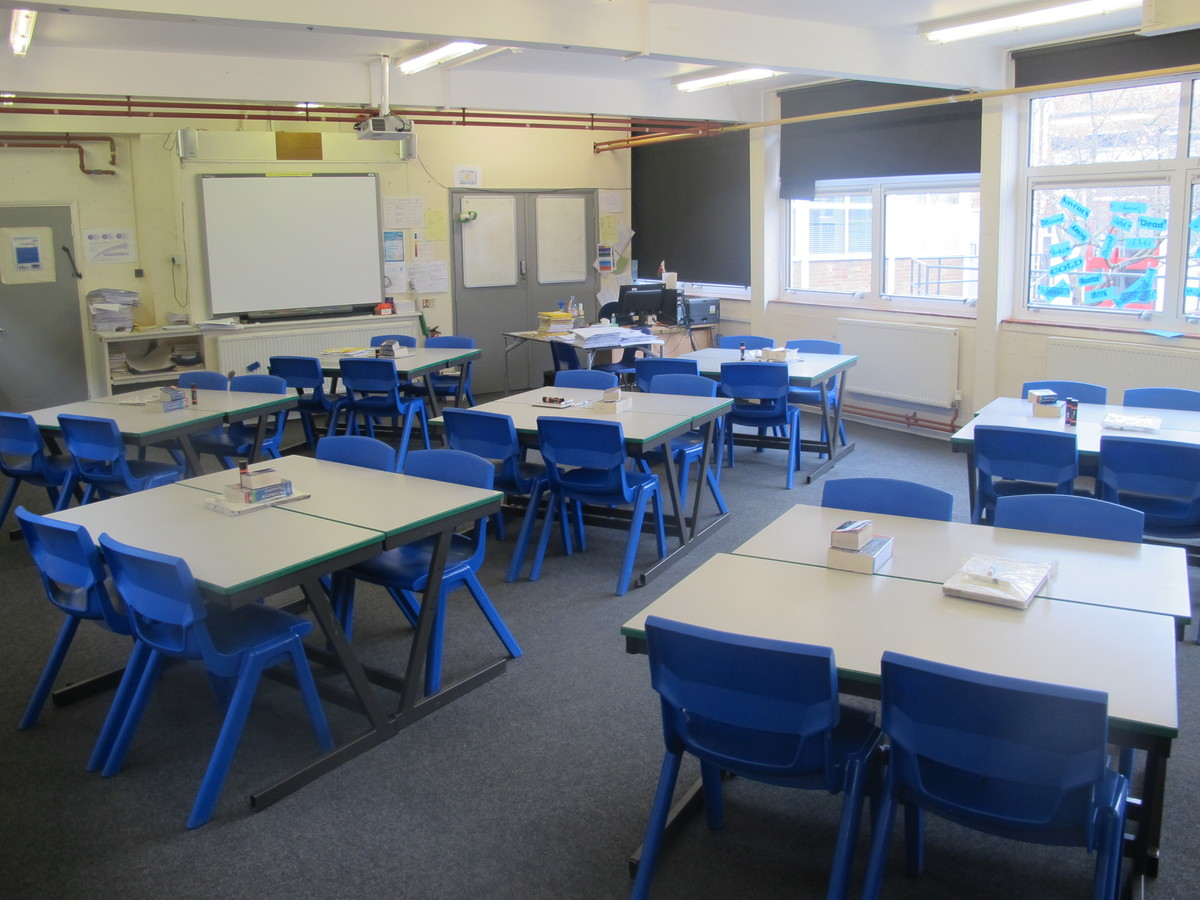 Classrooms - Standard - Dyson Perrins C of E Academy - Worcestershire - 3 - SchoolHire