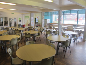 Dining Hall - Dyson Perrins C of E Academy - Worcestershire - 2 - SchoolHire