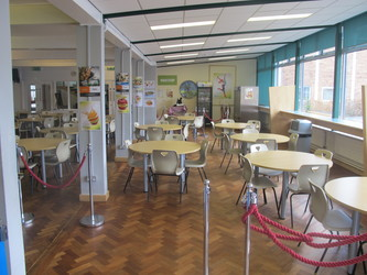 Dining Hall - Dyson Perrins C of E Academy - Worcestershire - 3 - SchoolHire