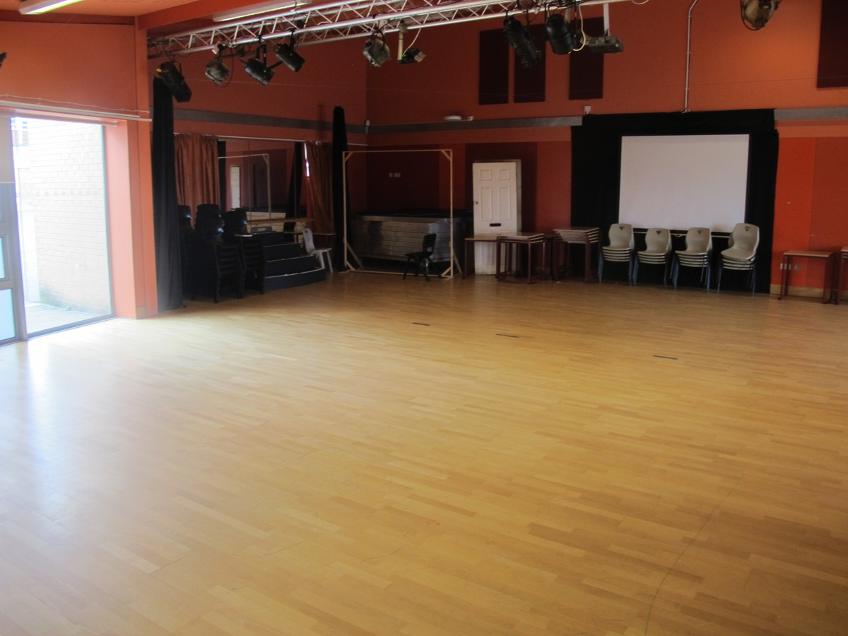 Drama Studio - Dyson Perrins C of E Academy - Worcestershire - 1 - SchoolHire
