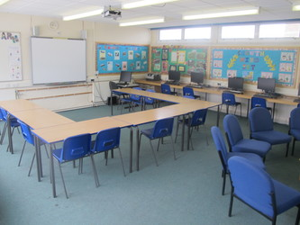 Meeting Room - A27 - Dyson Perrins C of E Academy - Worcestershire - 1 - SchoolHire