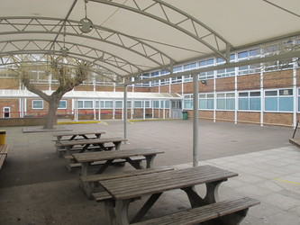 Dyson Perrins C of E Academy - Worcestershire - 2 - SchoolHire