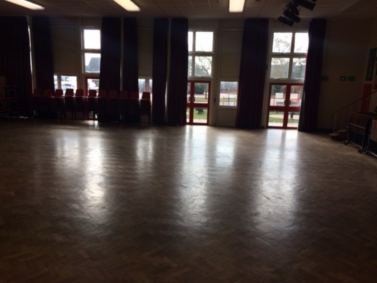 Main Hall - Kineton High School - Warwickshire - 4 - SchoolHire