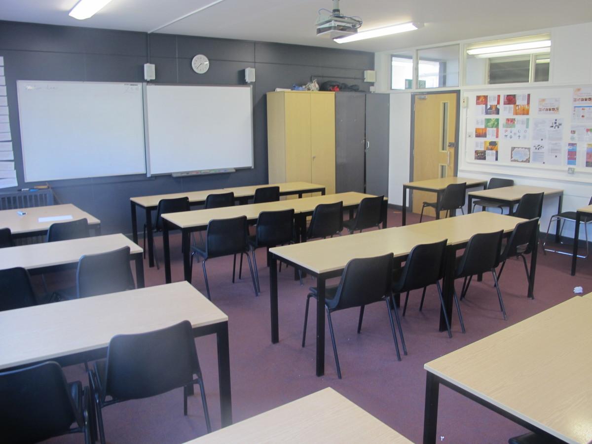 Classrooms - Main Building - Invicta Grammar School - Kent - 1 - SchoolHire