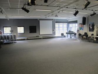 Gallery - Valley Park School - Kent - 1 - SchoolHire