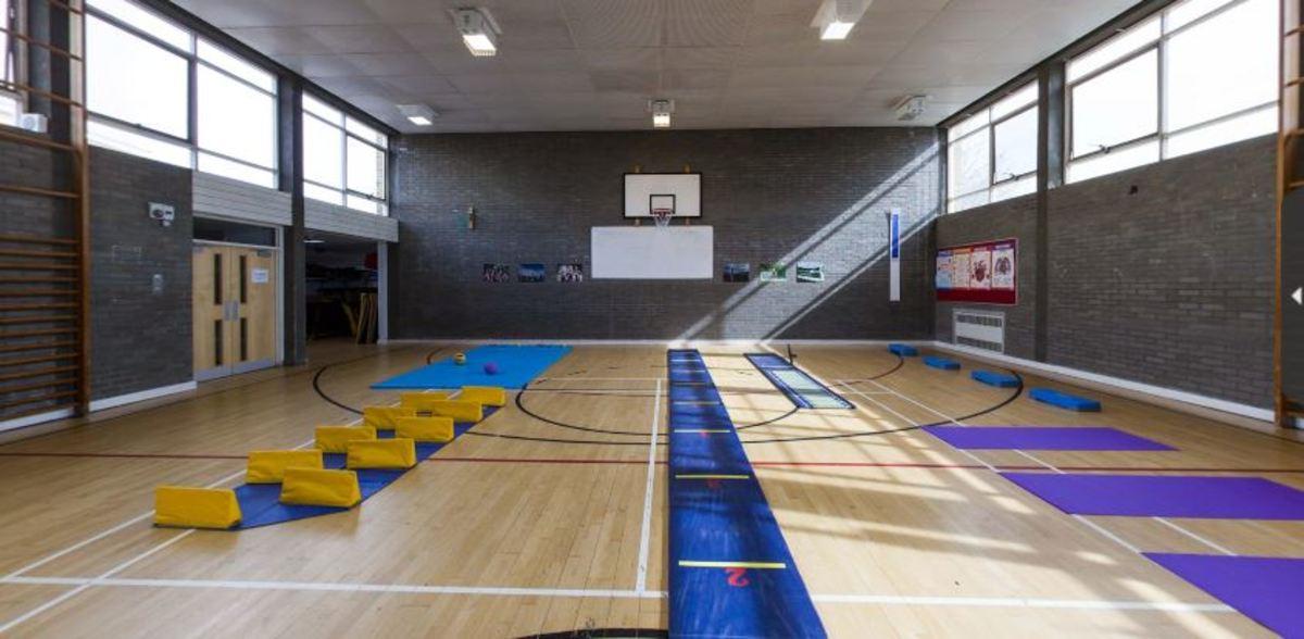 Gymnasium - Invicta Grammar School - Kent - 1 - SchoolHire