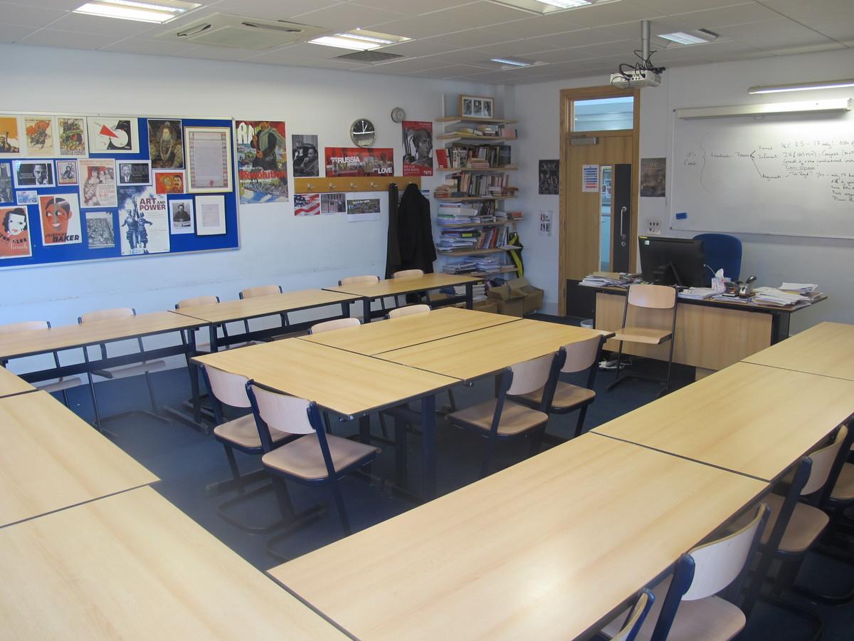 Classrooms - Favell Block - Mill Hill School - Barnet - 4 - SchoolHire