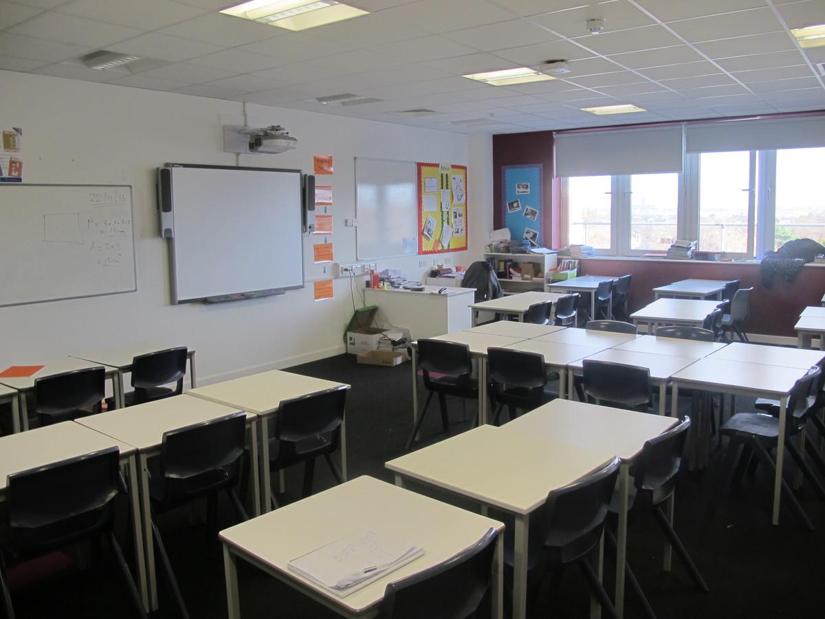 Classroom Style 1 - Birkenhead High School Academy - Wirral - 1 - SchoolHire