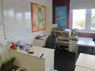 Classroom Style 1 - Birkenhead High School Academy - Wirral - 4 - SchoolHire
