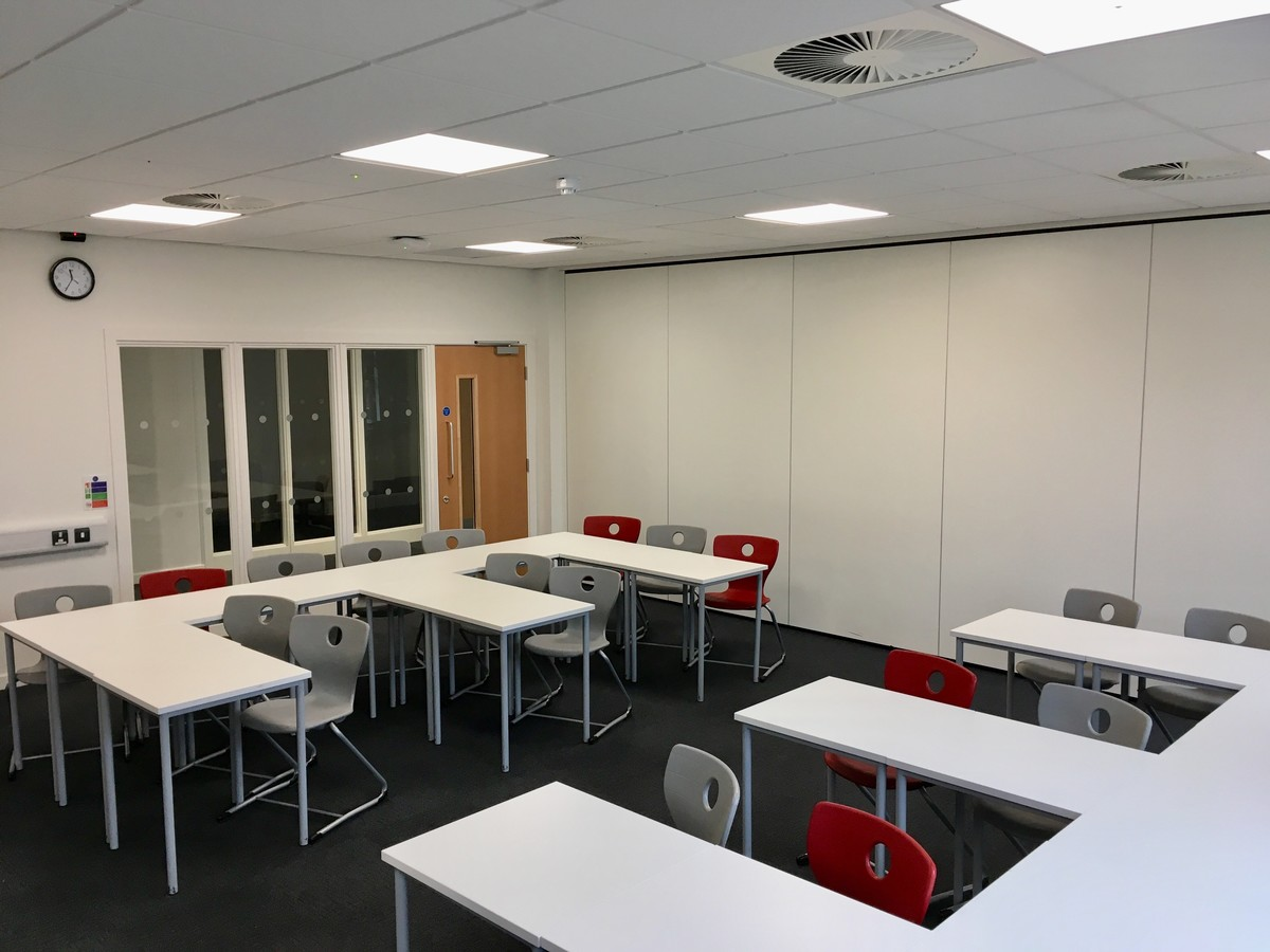 Classrooms New Building 1st Floor - Newcastle High School for Girls - Newcastle - 4 - SchoolHire