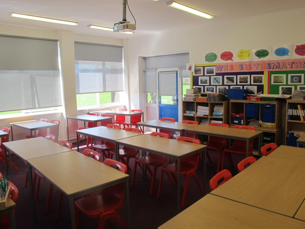Classrooms - Cherbourg - Crestwood Community School - Hampshire - 2 - SchoolHire