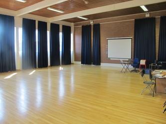 Dance & Drama Studio - Cherbourg - Crestwood Community School - Hampshire - 3 - SchoolHire