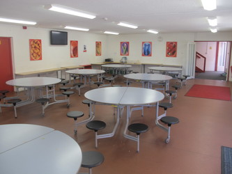 Dining Hall - Crestwood Community School - Hampshire - 4 - SchoolHire