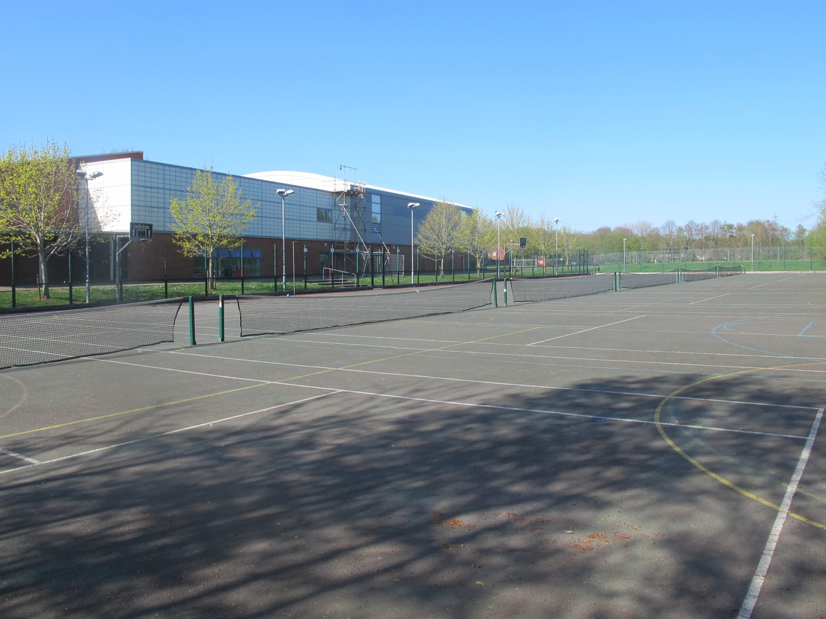 Hardcourt - Crestwood Community School - Hampshire - 3 - SchoolHire