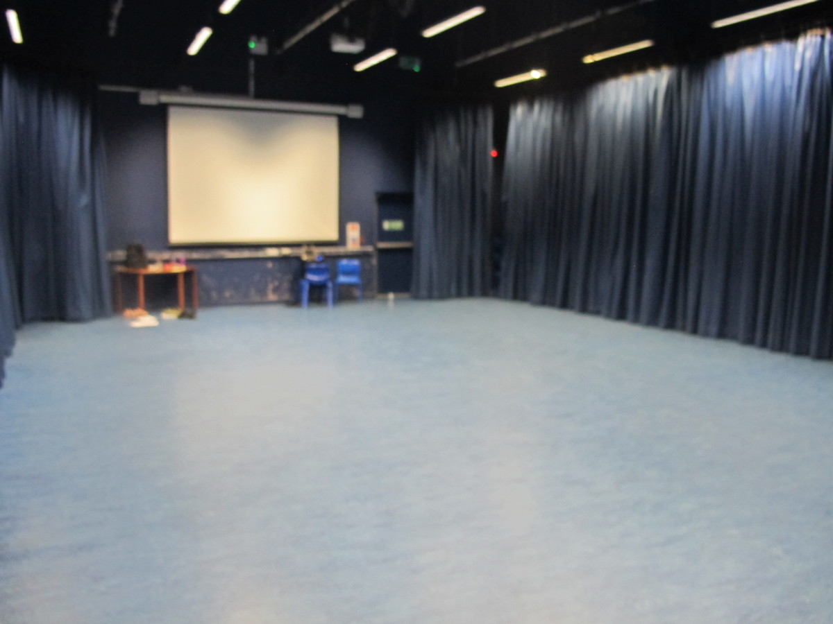 Dance Studio At Crestwood Community School For Hire In