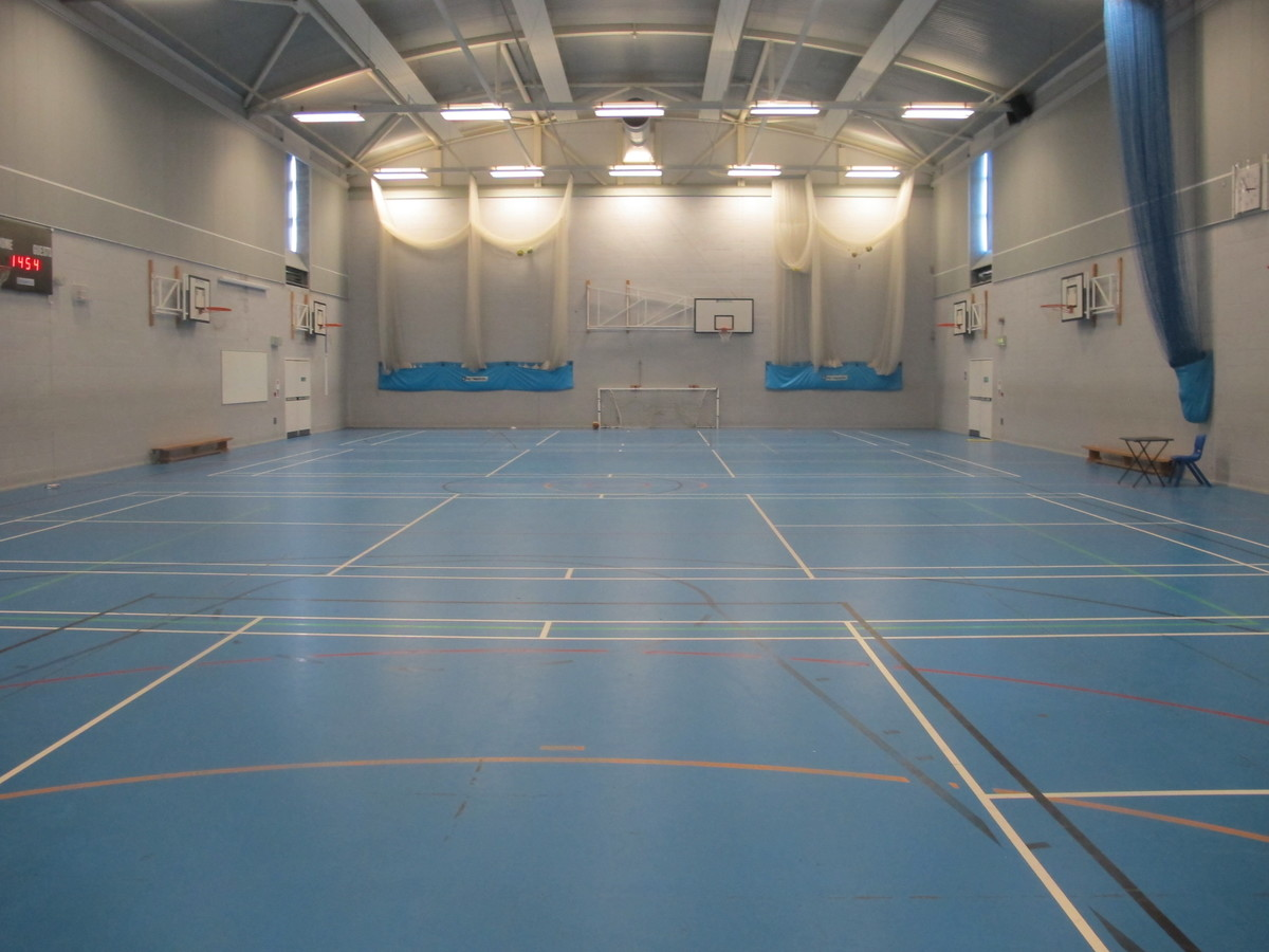 Sports Hall - Crestwood Community School - Hampshire - 1 - SchoolHire