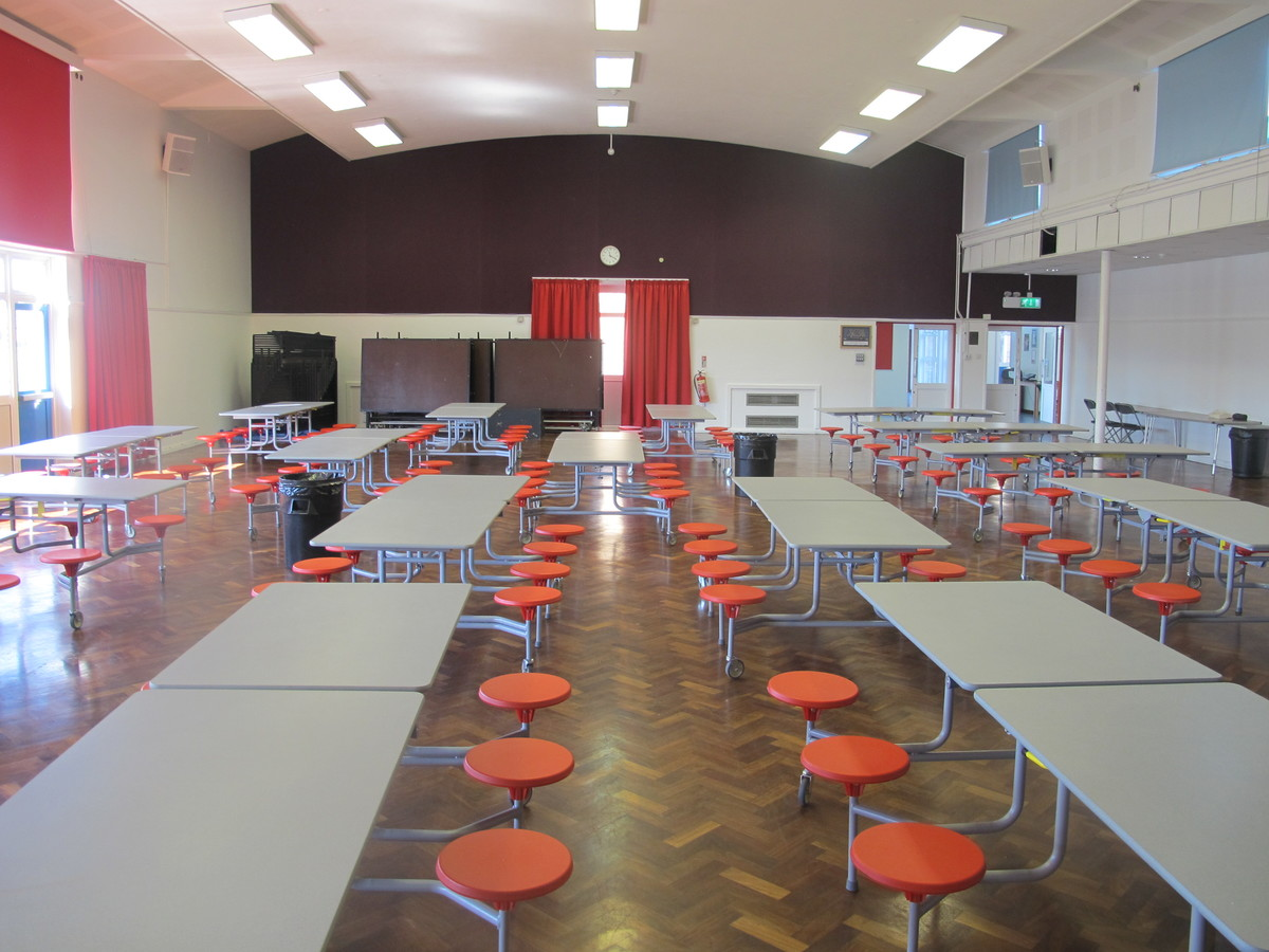Main Hall - Cherbourg - Crestwood Community School - Hampshire - 2 - SchoolHire