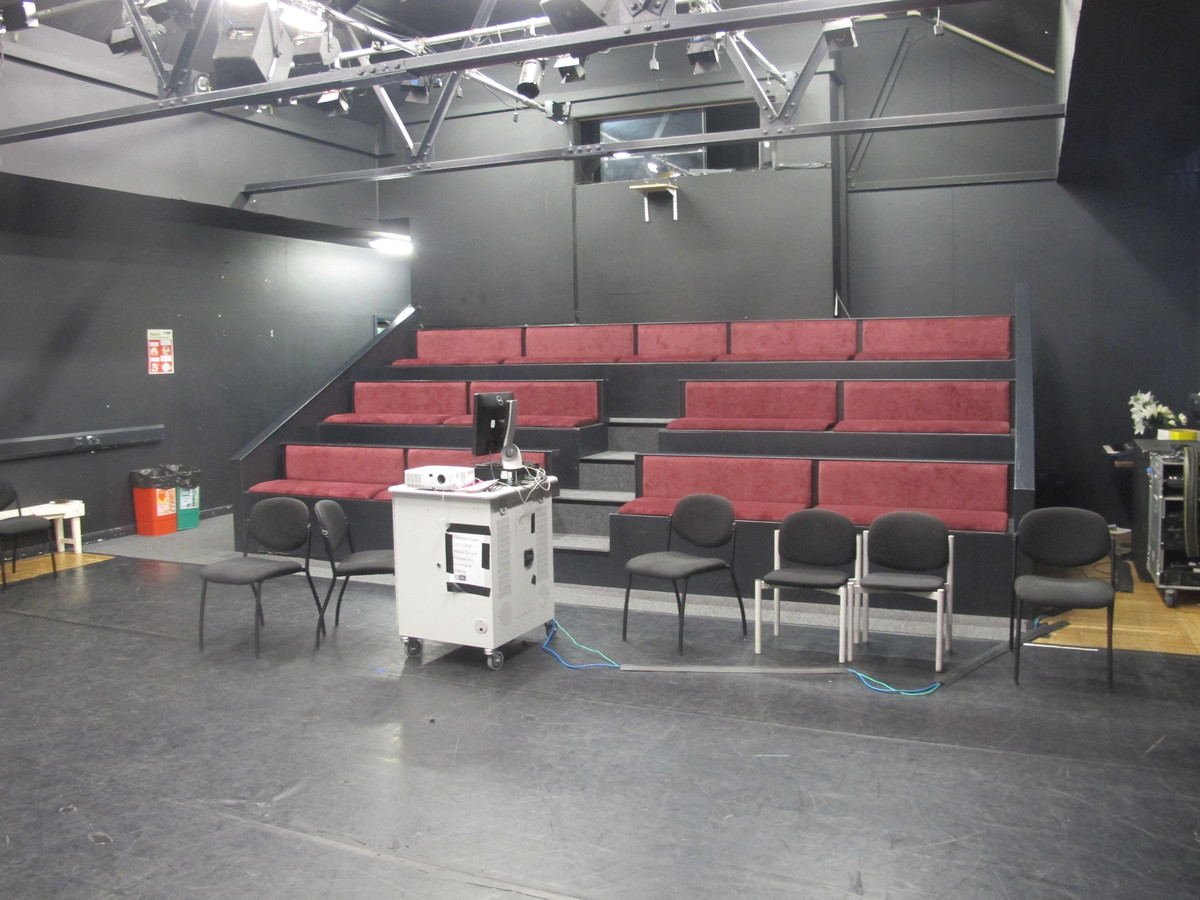 Theatre (Black Box Studio) - E Block - Newham Sixth Form College - Newham - 2 - SchoolHire