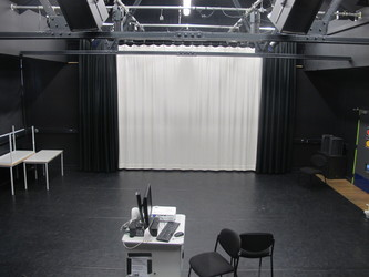 Theatre (Black Box Studio) - E Block - Newham Sixth Form College - Newham - 3 - SchoolHire