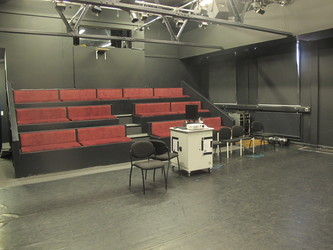Theatre (Black Box Studio) - E Block - Newham Sixth Form College - Newham - 4 - SchoolHire