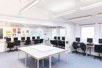 ICT Suite - Newham Sixth Form College - Newham - 3 - SchoolHire