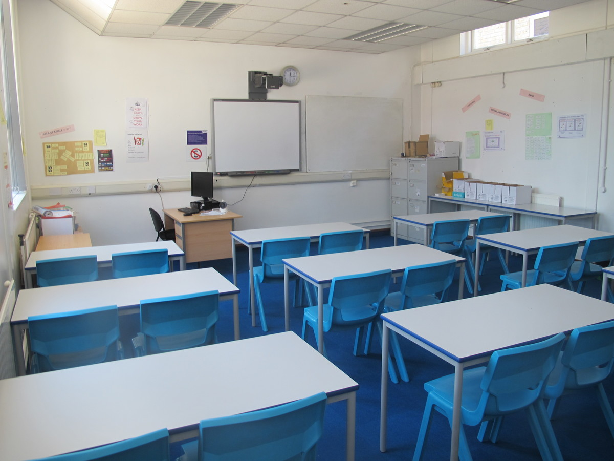 Classrooms - Standard - Newham Sixth Form College - Newham - 1 - SchoolHire