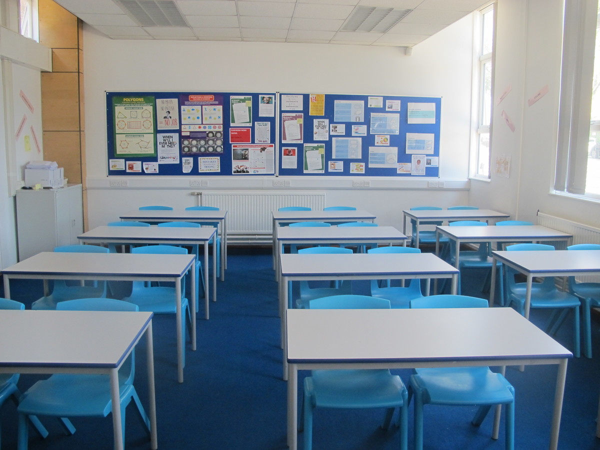 Classrooms - Standard - Newham Sixth Form College - Newham - 2 - SchoolHire