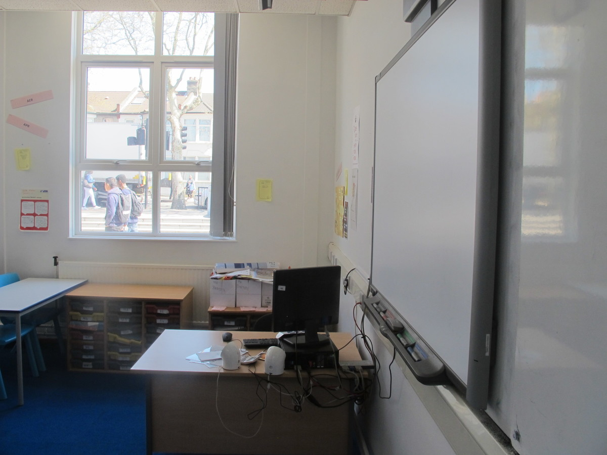 Classrooms - Standard - Newham Sixth Form College - Newham - 3 - SchoolHire