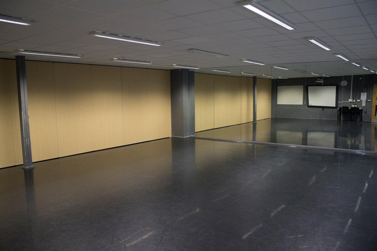Dance Studio 2 - Valley Park School - Kent - 2 - SchoolHire