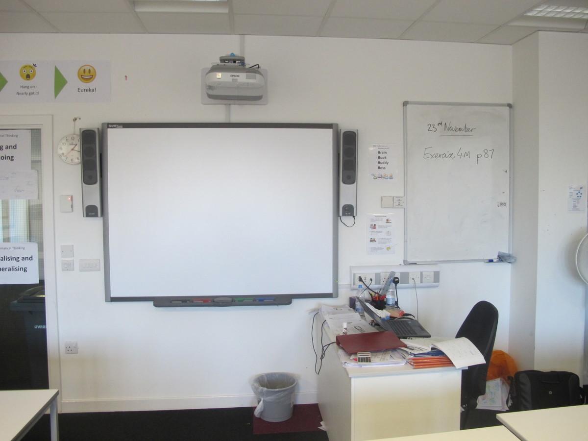 Classroom Style 2 - Birkenhead High School Academy - Wirral - 2 - SchoolHire