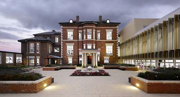 Birkenhead High School Academy - Wirral - 1 - SchoolHire