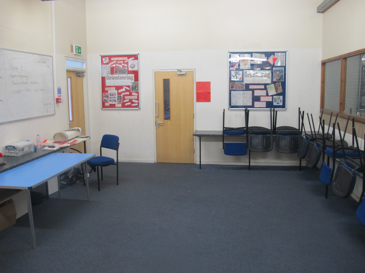 Balcony Room - The Park Community School - Devon - 4 - SchoolHire