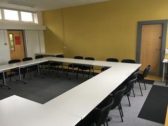 Conference Room - The Park Community School - Devon - 2 - SchoolHire